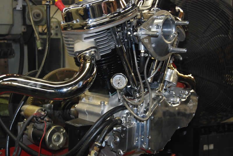 Custom Chrome's NEW Pandemonium engine making over 30 pounds of oil pressure at IDLE